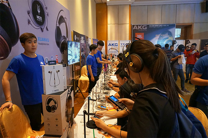 Buổi triển lãm tai nghe meze audio tại TP Hồ Chí Minh