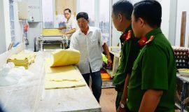phát hiện cơ sở sản xuất mì chứa chất gây ung thư và ảnh hưởng tới thận