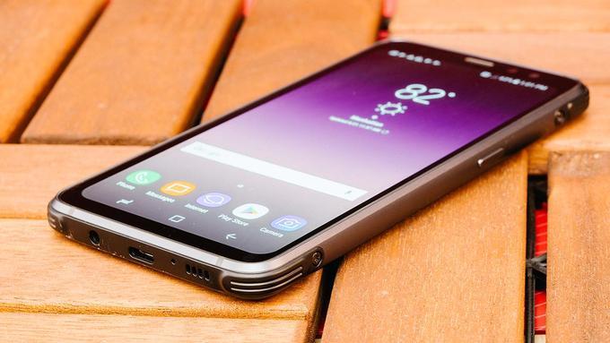 Sản phẩm công nghệ mới, mẫu smartphone pin khỏe