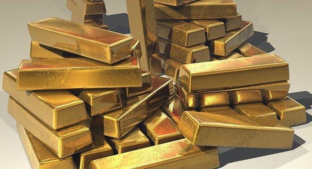 Nhặt được 7kg vàng trong thùng rác tại sân bay