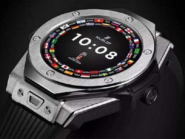 Chiếc đồng hồ thông minh dành cho trọng tài World Cup 2018 có nhiều tính năng đặc biệt