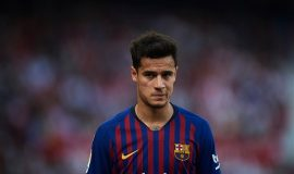 Chuyển nhượng 13/8: Coutinho ở lại Barcelona