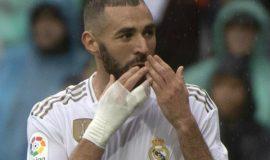 Benzema lập kỷ lục buồn, Real thảm bại tại Paris