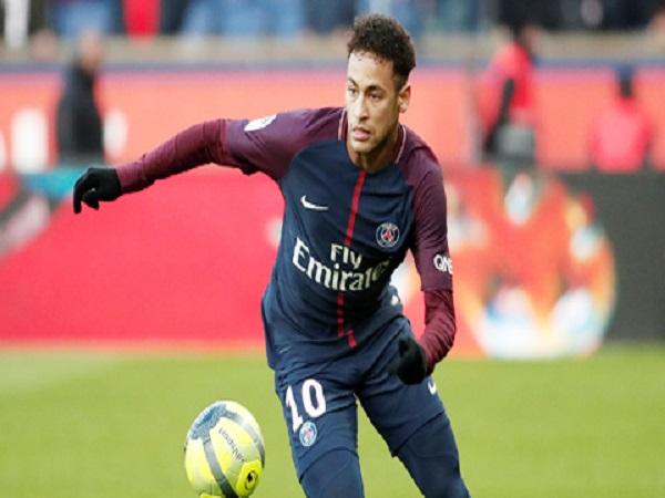 Neymar đi từ hero đến zero