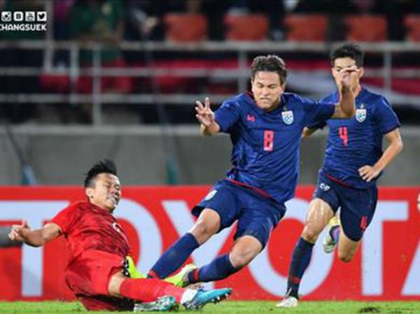 Thái Lan có nguy cơ mất cầu thủ quan trọng khi tái đấu Việt Nam