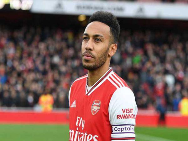 Aubameyang hiện còn 1 năm hợp đông với Arsenal nhưng đội chủ sân Emirates vẫn chưa có động thái gia hạn