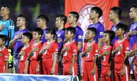 Bóng đá Việt Nam 27/7: V.League hoãn vô thời hạn vì Covid-19