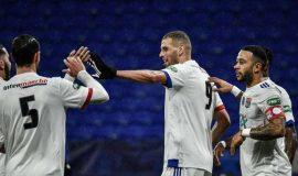 Slimani, Zerkane & Wissa thắp sáng Ligue 1 của Pháp với các bàn thắng