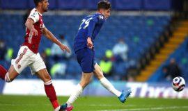 Tin bóng đá chiều 13/5: Chelsea thua, cuộc đua tốp 4 thêm kịch tính