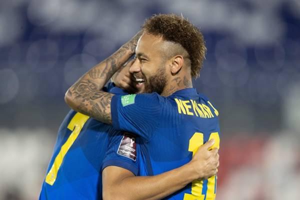 Neymar tỏa sáng giúp Brazil hạ Paraguay dễ dàng